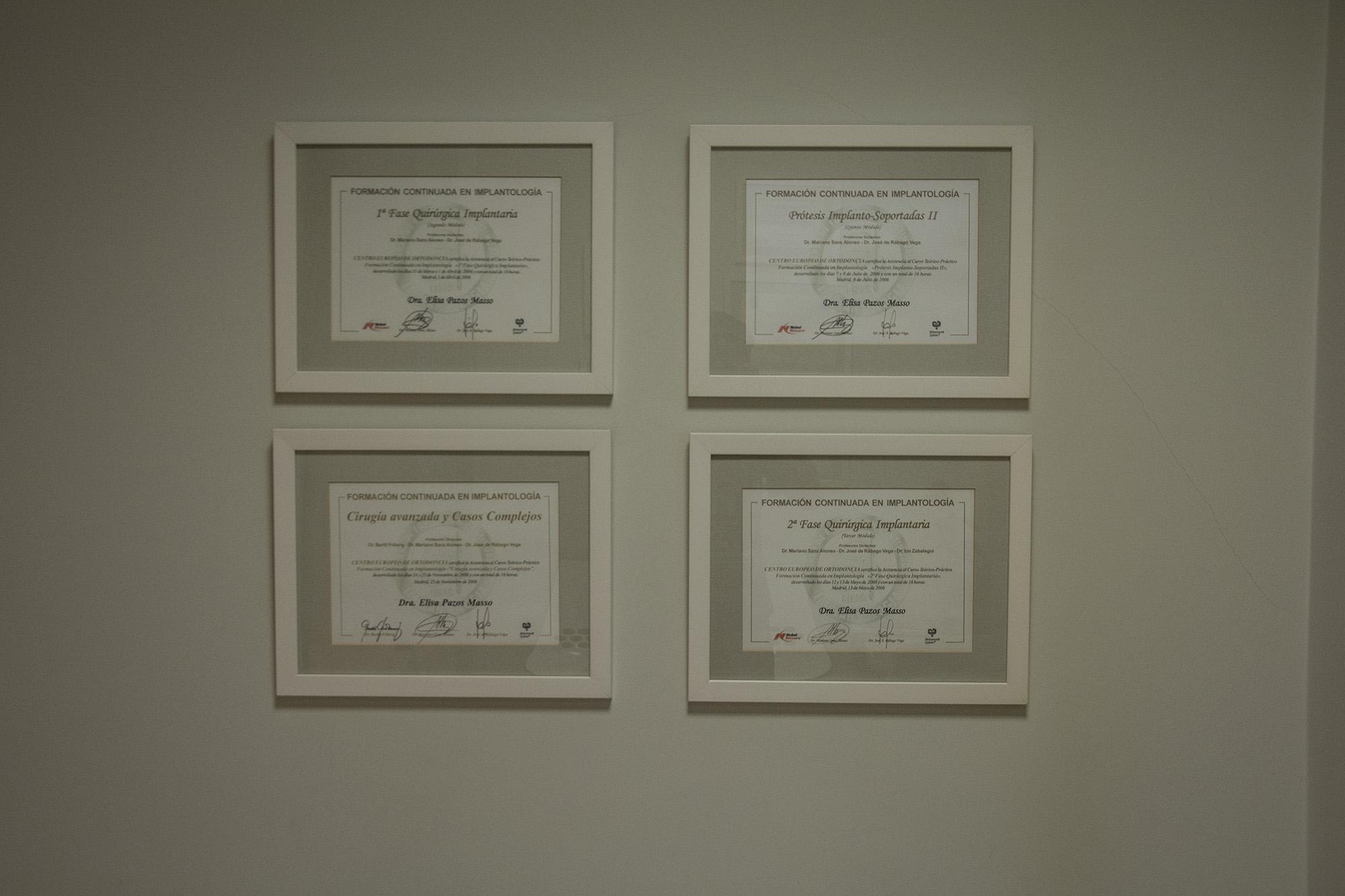 clinica_elisa_pazos_diplomas